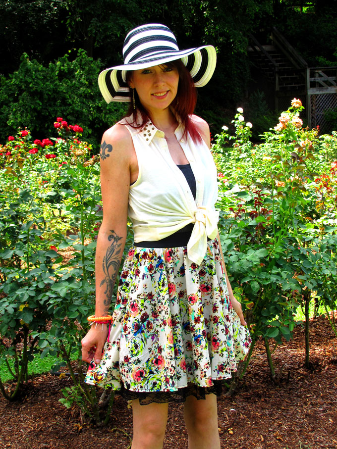Alexandra Rose Orange Prayer Bracelet Feature